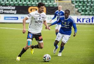 Viktor Lövgren i Siriuströjan under en match mot GIF Sundsvall.