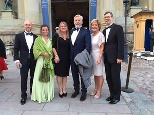 Från vänster: Klas och Jessica och Sannö, Ulrika och Christer Lundgren samt Maria och Gunnar Larsson. Foto: Länsstyrelsen i Örebro.