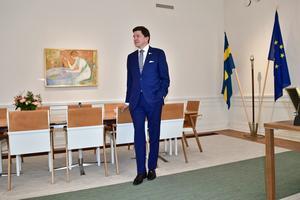 Riksdagens talman Andreas Norlén tar emot för en talmansrunda i riksdagen.Foto: Stina Stjernkvist / TT.