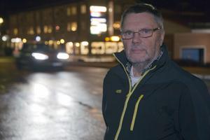 Matti Nokelainen bor i Skinnskatteberg men är ordförande för finska PRO i Fagersta, där han bott och verkat hela sitt vuxna liv. Matti kom till Sverige och Fagersta 1964. Bild: Jörgen Hjerpe