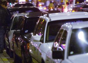 Enligt Svenska taxiförbundet har förekomsten av svarttaxi via Facebook ökat. Foto: Malin Hoelstad