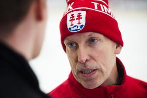 Timråtränaren Fredrik Andersson är själv gammal målvakt.