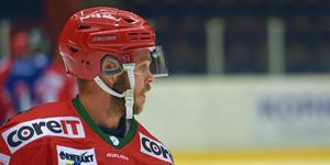 Tommy Enström blir kvar i Modo.