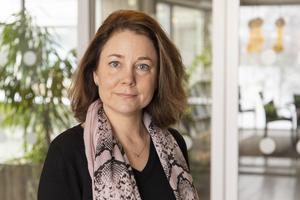 Västernorrlands tillväxtchef Maria Lidberg påpekar att det är ganska ovanligt att en region beviljar stöd till ortsammanbindande bredband på det sätt som Region Västernorrland nu är på väg att göra. Därefter hoppas man också att den Europeiska regionala utvecklingsfonden ska gå in med ännu mer pengar.