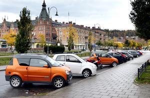 Moppebilarna har blivit väldigt populära. Hälften av alla elever som Andreas Nääs utbildar uppger att de ska köra sådana.