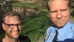Polisassistent Petter Elfving, en av trafikpoliserna som deltog i insatsen och Josef Wiklund, lokalpolisområdeschef för Medelpad.