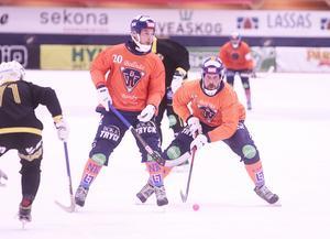 Daniel Mossberg rullade kyligt in 3–2 i öppet mål.