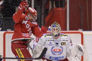 Adam Åhman är utlånad till Oskarshamn från HV71. Nu har han tagit plats i JVM-truppen.