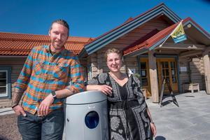 """Stefan Lind och Sandra Magnusson tar över Restaurang Sixten Jernberg den 1 september. """" Det ska bli kul att driva eget"""", säger Stefan Lind.  Foto: Berit Djuse"""