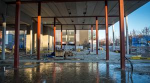 På den isfria delen av betongen kommer restaurangen att ligga.