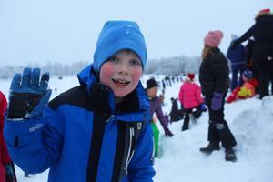 Holger Fredholm, 8, tycker inte att det gör något att tomten inte kom ner från himlen. – Det bästa är godiset, säger han.