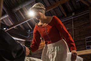 Pling! Emelie Hertzman fick idén till pjäsen efter ha gjort liknande föreställningar på Kungsudden.