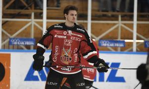 Albin Kedbrant har sedan det stod klart att han inte fick något A-lagskontrakt med Brynäs efter förra säsongen hunnit med att åka över till USA samt spelat sju matcher med Almtuna i allsvenskan.