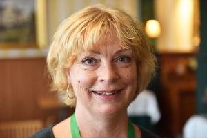 Eva Andersson är vd och den som bestämmer på bryggeriet. Likaså ligger hon bakom läskedryckerna. Hon planerar och ser till att hålla ihop flocken omkring henne så att alla jobbar åt samma håll.