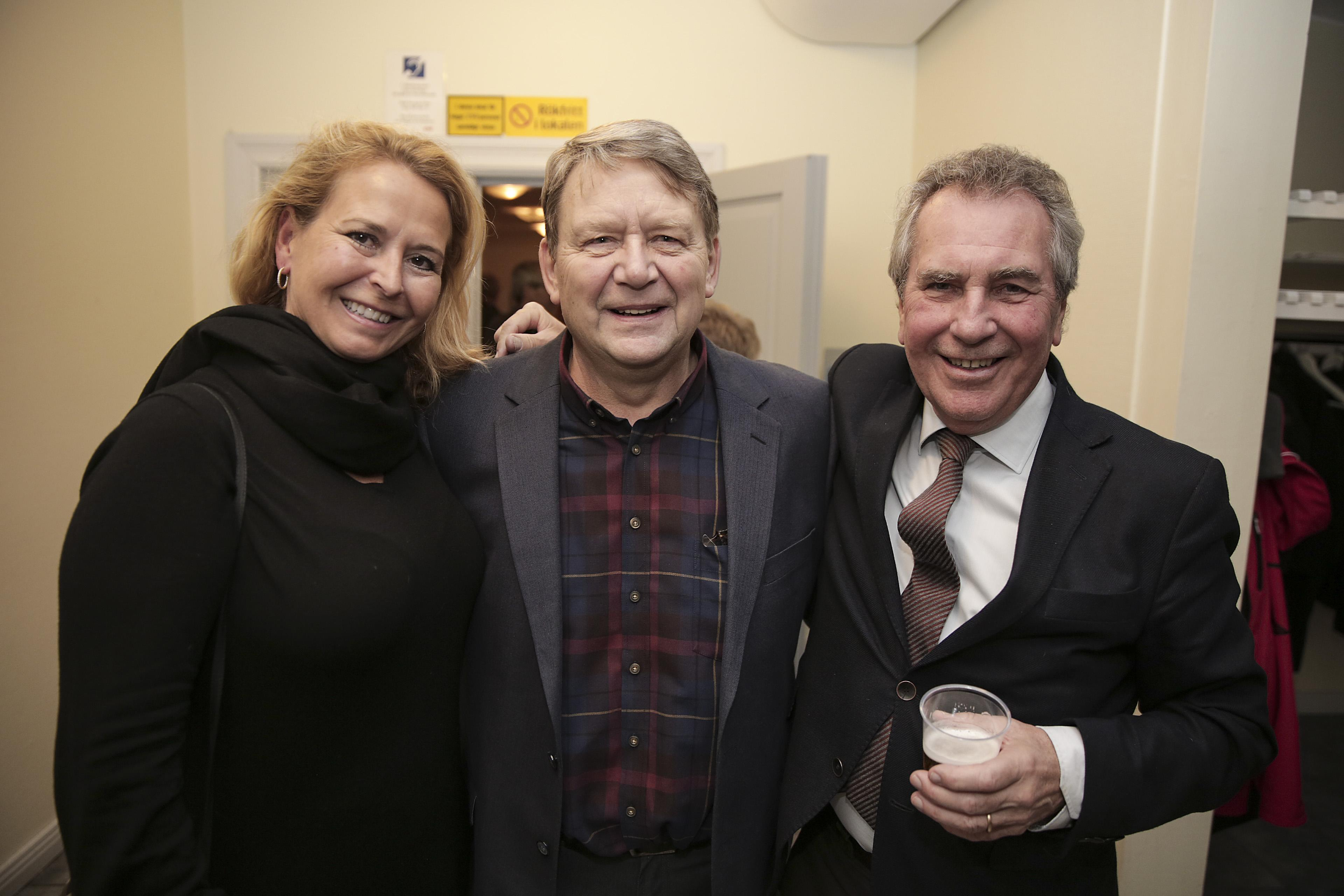 Tommy Österberg med 46 år på Spendrups blev förstås uppmärksammad av Mia och Jens Spendrup på veteranfesten.