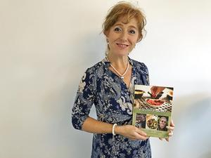 """Mona Samoiel Tihane började skriva på boken """"Lucias mat"""" i april 2016."""