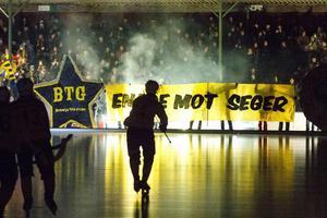 Brobergs supporters får goda lovvord av Robert Dammbro för det stöd både han och laget fått genom åren.