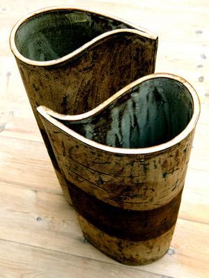 Vaser av Karin McKeogh.
