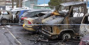 Under natten och morgonen mot 11 februari stacks 13 fordon i brand i stadsdelen Brynäs i Gävle.
