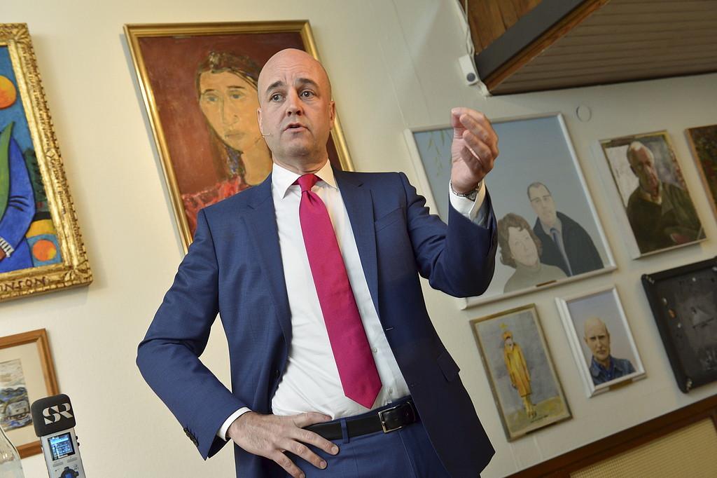 Reinfeldt kan flyga utan att vara olaglig