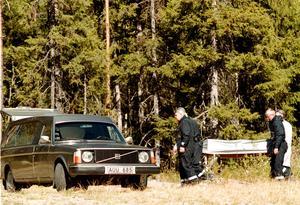 På ett kalhygge längs en skogsbilvägen i Ljungå hittades Jarmo Pistool mördad. Bild: Laura Leyshon-Thuresson