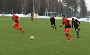 Jonathan Andersson spelade med Ytterhogdal i division 2 förra säsongen.