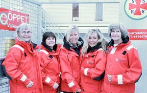 Lena Anderfelt, Katarina Källkvist, Marie Lööf, Eva Täckholm och Nina Olofsson, kvinnliga sjöräddare i Nynäshamn. Foto: Privat