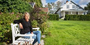 Stina Strömberg har jobbat med växter som rumsavdelare i trädgården.