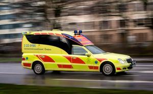 Ambulansfärd men ingen vård.
