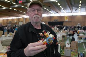 Hemma i ett eget hus står 10 000 leksaksbilar. Nu hittar Benny Haag ytterligare en.