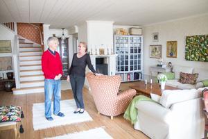 Max och Marie önskade sig ett gediget och funktionellt hus i sekelskiftesstil  Tidigare var det ett litet enplanshus.
