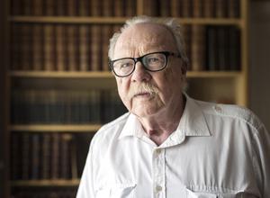 Jan Myrdal är aktuell med boken