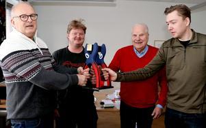 Under onsdagen träffades kommunalråd Sten-Ove Danielsson,Bengt Lindströmsällskapets Curt Aspelin och Ljungaverkssduon Jimmy Lundgren och Adam Gustafsson för att diskutera flytten av Tången till Ljungaverk.