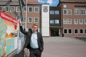 Vare sig kommunalrådet Fredrik Rönning (S) eller någon annan politiker från Smedjebackens kommun åker till Almedalen i år.
