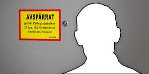 Mannen som hittades mördad utanför Knivsta är hemmahörande i Stockholmsområdet.