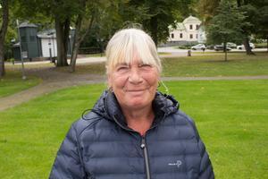 Barbro Nätter, 67, Norrtälje: Det är någon som tar beslut utan att bry sig om vad andra tycker. Det kan ju vara bra om det är en företagsledare som styr på ett bra sätt. Är det inte maktmissbruk så är det bra. Jag försöker ha makt över min hund till exempel.