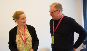 Håkan Nordman, Sundsvall,, i samspråk med Yvonne Granath från Boulevardteatern i Stockholm.