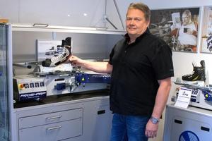 Björn Mannström, säljare av Prosharps olika maskiner.