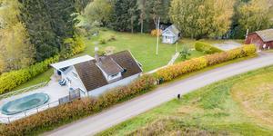 Huset i Frosta Ekebybro var den fastighet i KAK-regionen som fick flest klick.