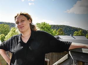 Jenny Edvinsson på Leader Höga Kusten uppmanar alla med en bra miljösmart idé att skicka in en intresseanmälan via deras hemsida.