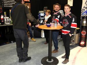 Stiliga killar som bjöd på gott kaffe från Pausdrycker i Sollefteå.