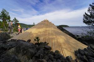 Ett av vindskydden har placerats i Lövvik. Foto: Håkan Risberg, Sweco Umeå