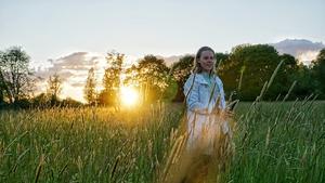 Samuel Christiernin på ängarna ute i den fina lilla byn nodsta, foto: Joar Segevall