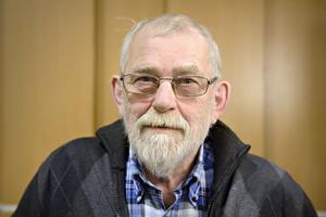 Rolf Eriksson (S) fick respons för sin kritik. Nu ska brukarorganisationerna får information innan något beslut tas om eventuellt försämrade färdtjänstvillkor.