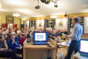 Över 130 personer deltog i informationsmötet om Brickagruvan i Delsbo Folkets hus på onsdagskvällen
