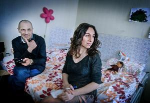 Konstnärsparet Lusine Djanyan och Aleksej Knedljalkovskij använder kulturen som medel i kampen för mänskliga rättigheter.