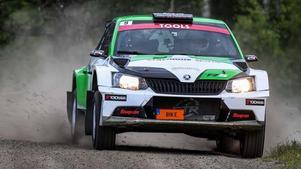 Kenny Stavbom körde i Nyköping med en bil som Pontus Tidemans team PTR-racing stod för.