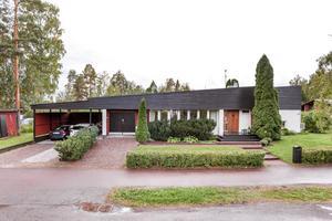 Denna åttarumsvilla på Tranbärsvägen i Falu kommun kommer på andra plats. Foto: Kristofer Skog/Husfoto