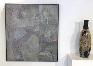 Två nu verksamma medlemmar  föreningen är Helen Ekholm (målningen) och Marie Långhans  (vasen).
