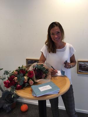 Linda Gustafsson ger ut en egen bok om självkännedom. Foto: Privat